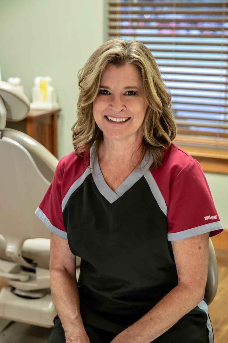 Janice, Dental Assistant